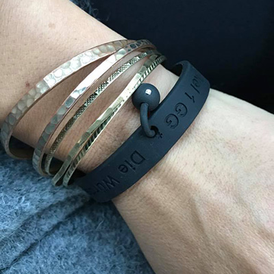 ribeiro_armband_fuer_helfer_testimonial_julia